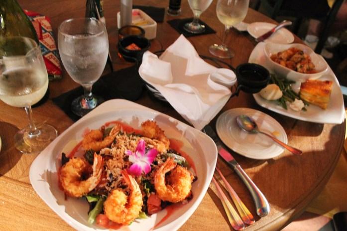 lazy-lobster-places-to-eat-longboat-key-anna-maria-island-bradeton-beach-bar-florida6