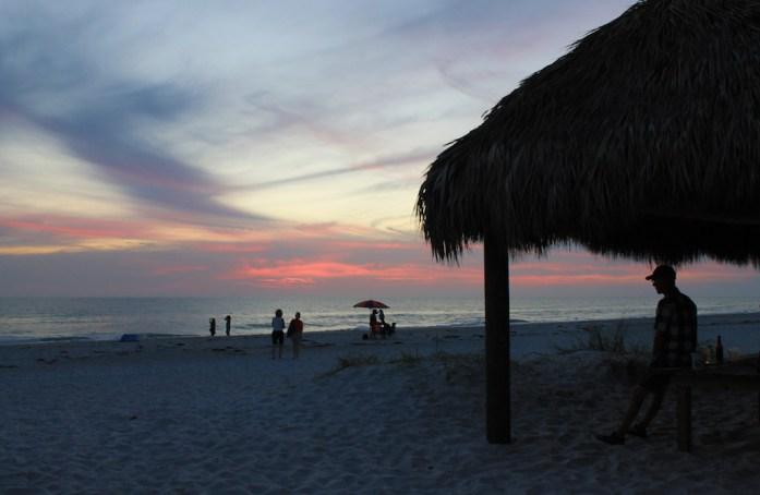best dating anna maria island beach bars