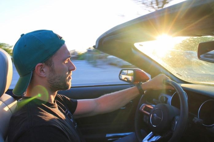 mustang-rental-car-florida-road-trip