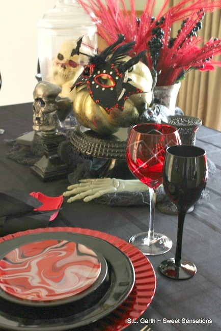This Sinister and Stylish Halloween Tablescape mixes the just right amount of fright and elegance for a classier take on the holiday.