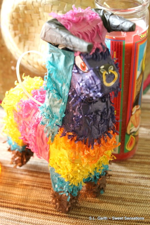 This Colorful Cinco de Mayo tablescape only cost $13.50 and it was money well spent.