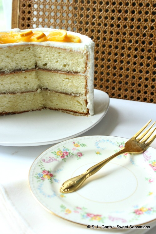 If you love Earl Grey Tea, this Earl Grey Pastry Cream paired with a yellow sponge cake should delight you just as much.