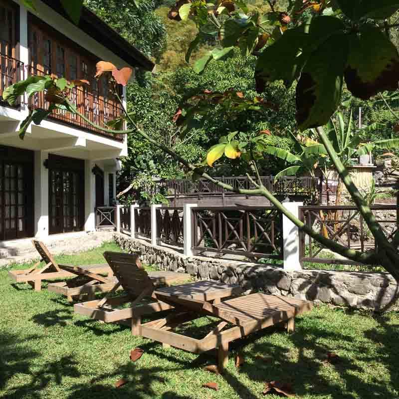 Outdoor Lounge Spot