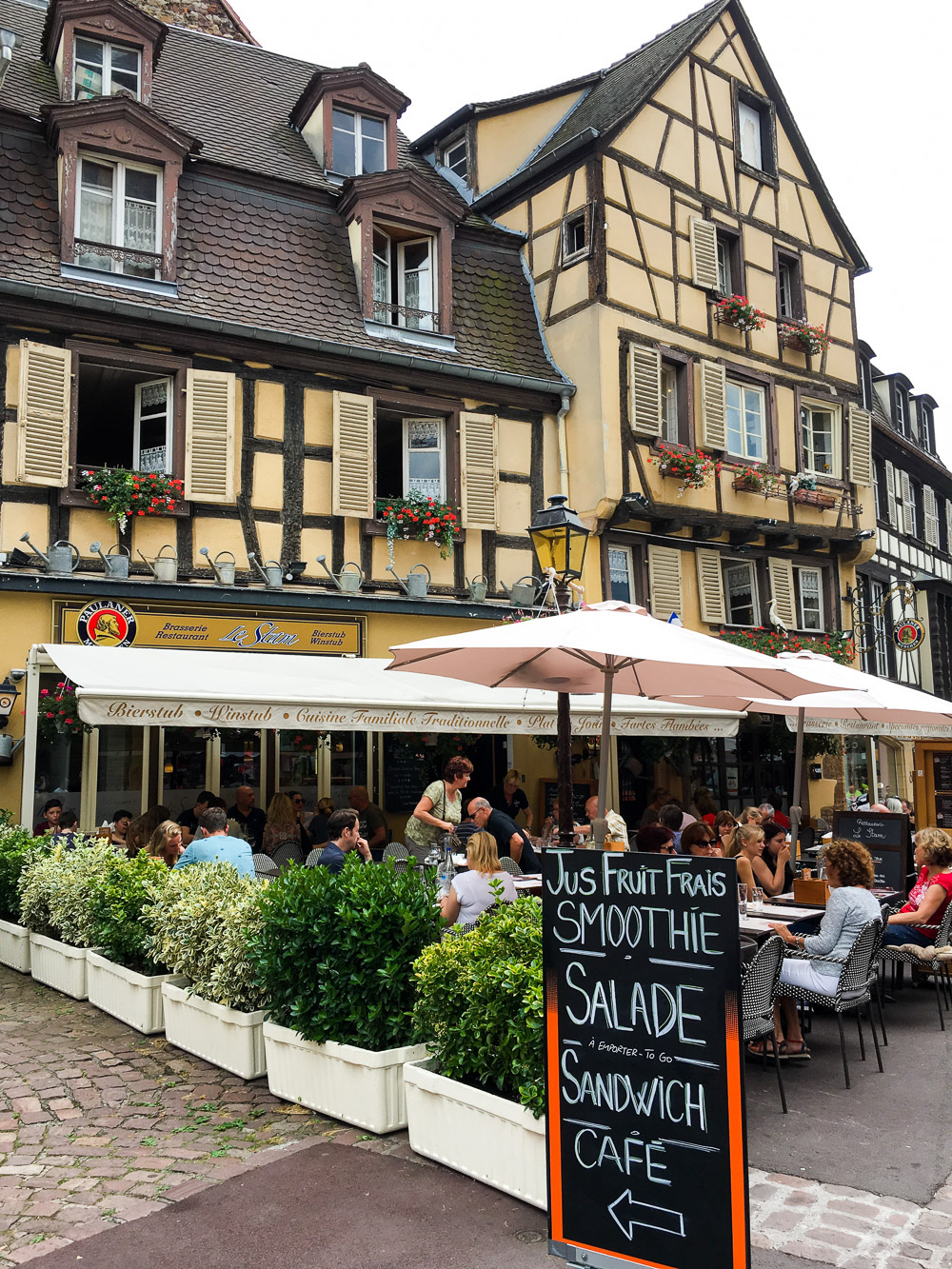 Cafes & Restaurants along the streets in Colmar