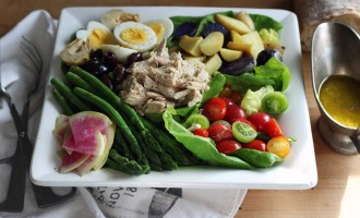 salad nicoise | www.thetableofcontents.co