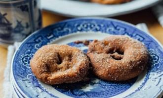 Cinnamon Apple Beignets | www.thetableofcontents.co