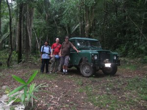 mrDiva, our guide Leo, and Ken, with Ken's 1979 Land Rover