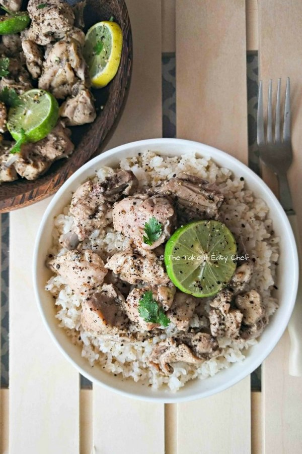 Lime chicken served on a bed of brown rice