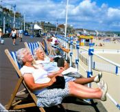 http://www.dailymail.co.uk/health/article-2321023/Want-cut-blood-pressure-Sit-sun-Exposure-rays-just-20-minutes-reduce-risk-heart-attacks-strokes.html