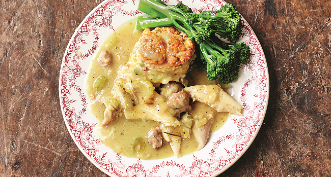 Leftover Turkey Stew Dumplings Recipe Jamie Oliver Thetaste Ie