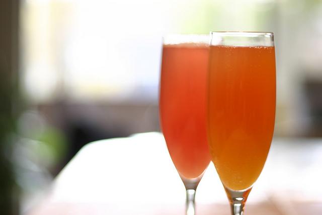 Bellini recipe How to create a Bellini Cocktail