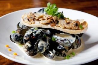 Classic Fresh Mussels1