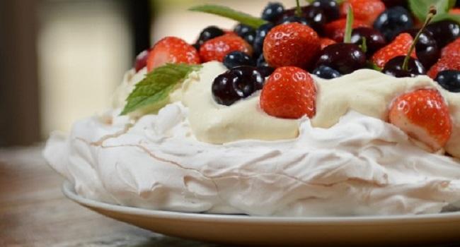 Strawberry Pavlova Recipe by Chef Kevin Dundon