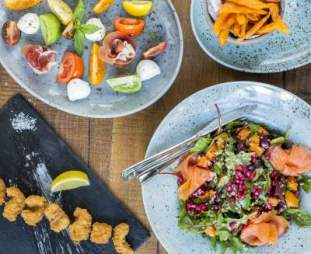 Gourmet Food Parlour and FoodFlicker on a Healthy Partnership