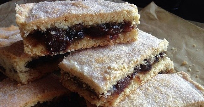 mincemeat-shortcake-bars-2