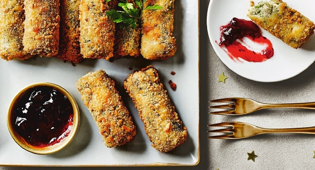 Festive Turkey Tapas Croquettes with a Cranberry Dip