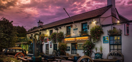 A Pint Unlike Any Other - Ten of Ireland's Most Amazing Destination Pubs