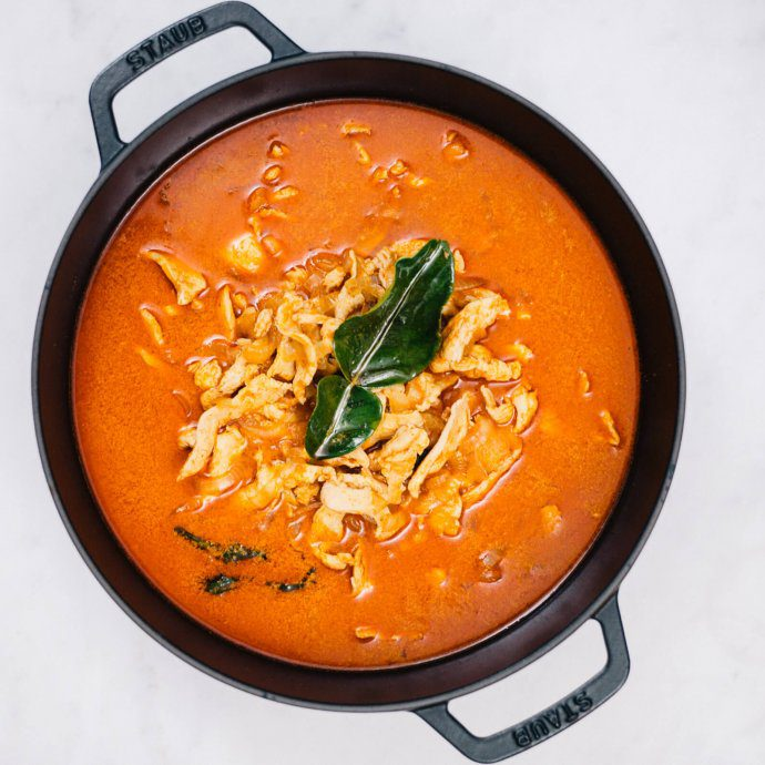 The Taste SF makes best Quick Thai Panang Curry recipe with coconut milk, chicken, lime, and red curry paste over rice is better than chinese take out