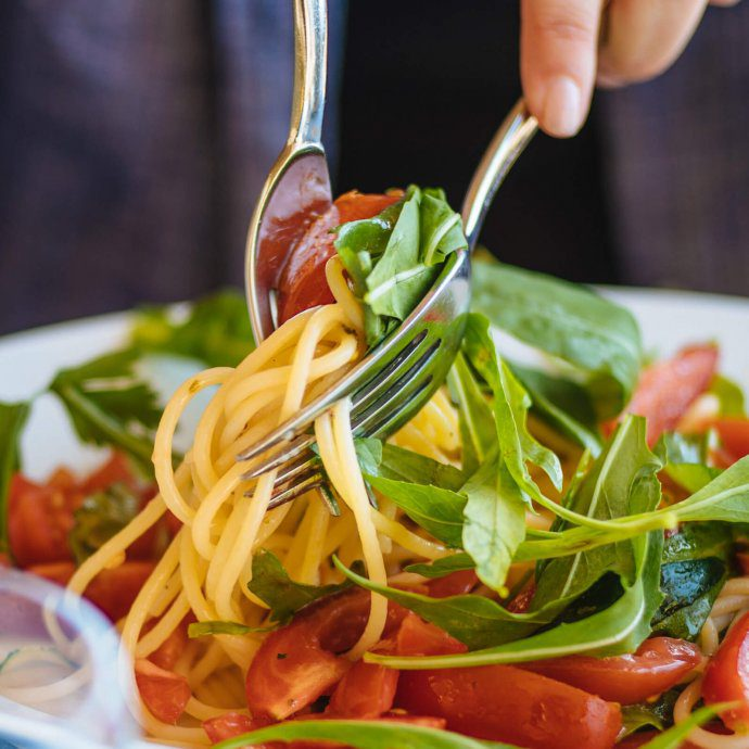 Easy tomato and arugula pasta recipe inspired by Ristorante La Fontelina in Capri, Italy makes delicious simple fresh pastas, The Taste SF