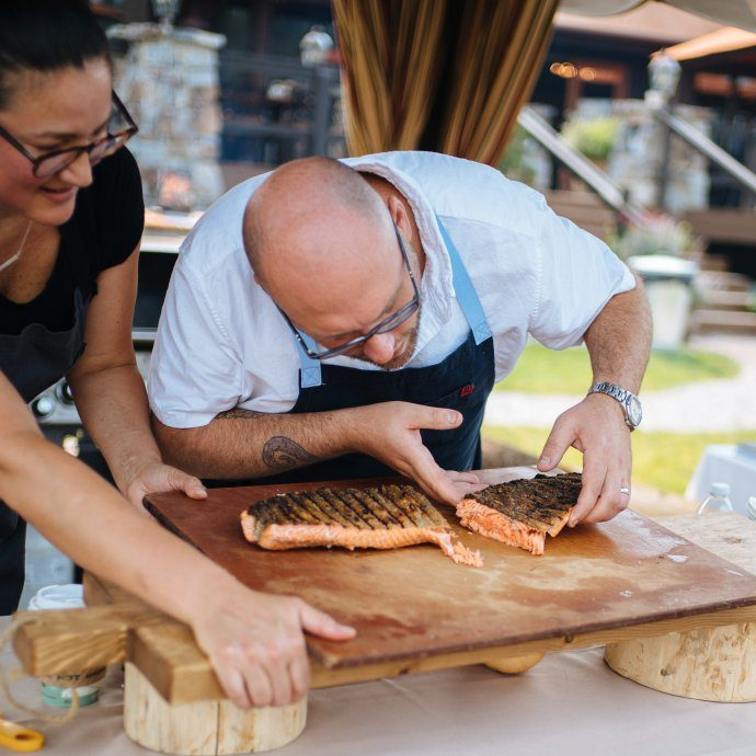 How to grill salmon with skin, checking the donees of salmon, how much time on the grill the resort at paws up, montana glamping, cookbook live, greg denton OX restaurant Portland, The Taste SF