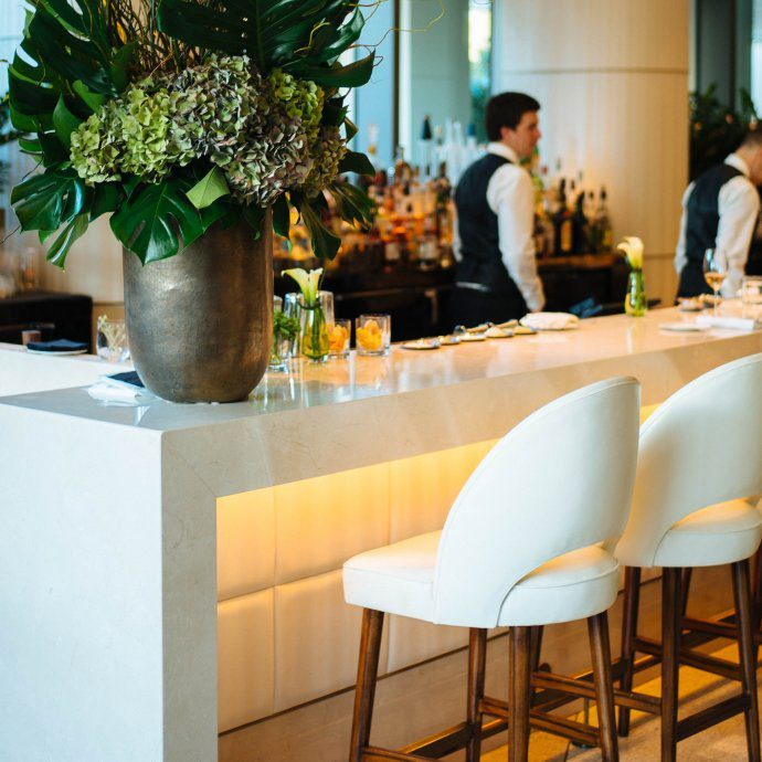 The best modern hotel in Beverly Hills, The Waldorf Astoria, Jean george's bar, The Taste SF