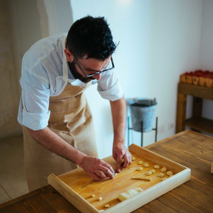 THe Taste SF learns how to make pasta in puglia by hand.