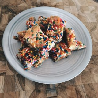 Confetti white chocolate bars