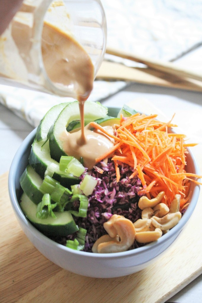 thai-crunch-salad-peanut-dressing-3