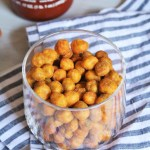 Honey Roasted Sriracha Chickpeas