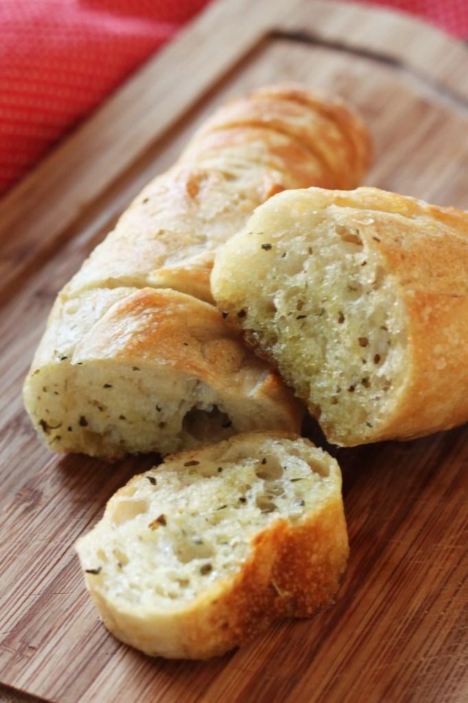 easy-pull-apart-garlic-bread-7