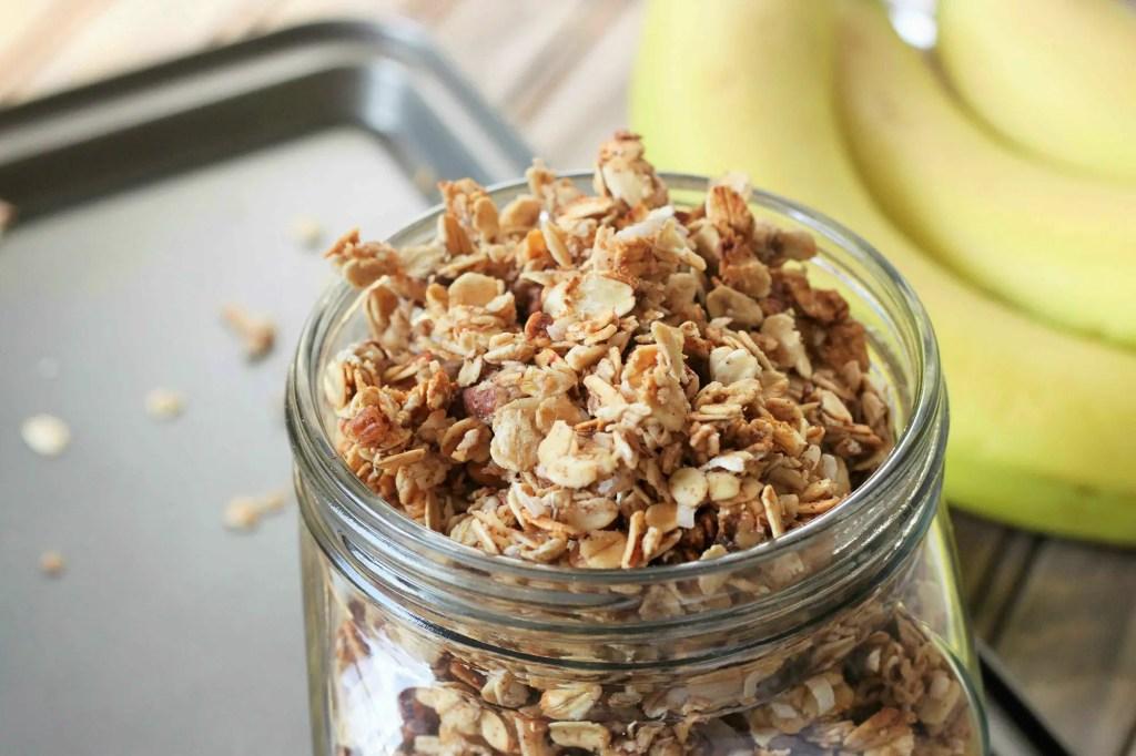 banana-bread-granola-1
