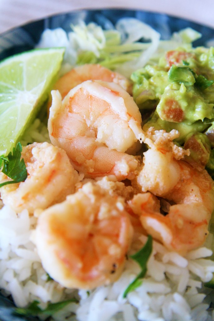 garlic-shrimp-cilantro-lime-rice-bowl-2