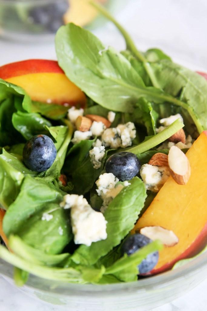 arugula-salad-peach-blueberry-gorgonzola-3