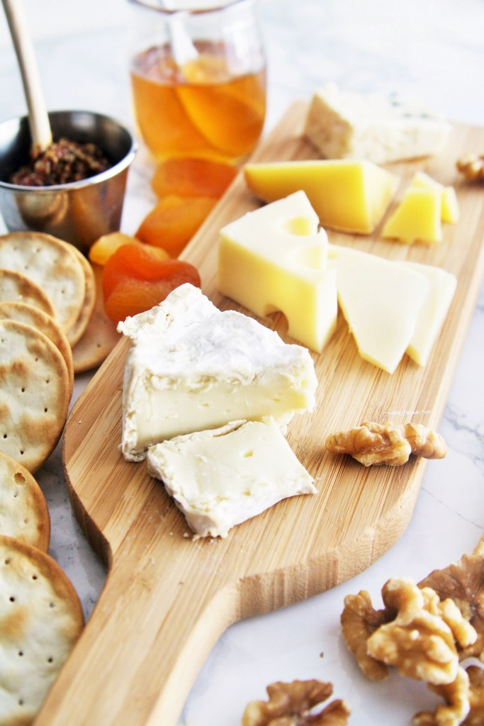 how-to-build-perfect-cheese-plate-2