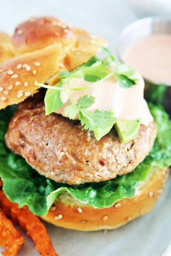 southwestern-turkey-burgers-chipotle-aioli-2