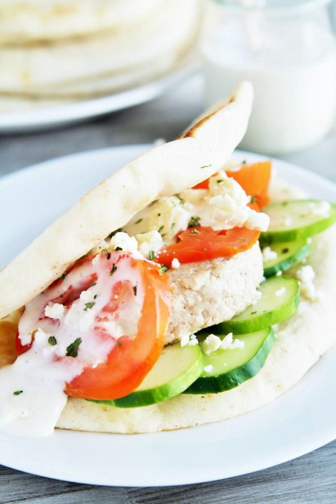 greek-pita-burgers-tzatziki-2