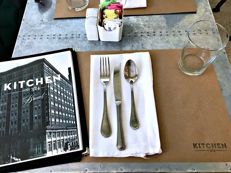 brunch at Kitchen No. 324