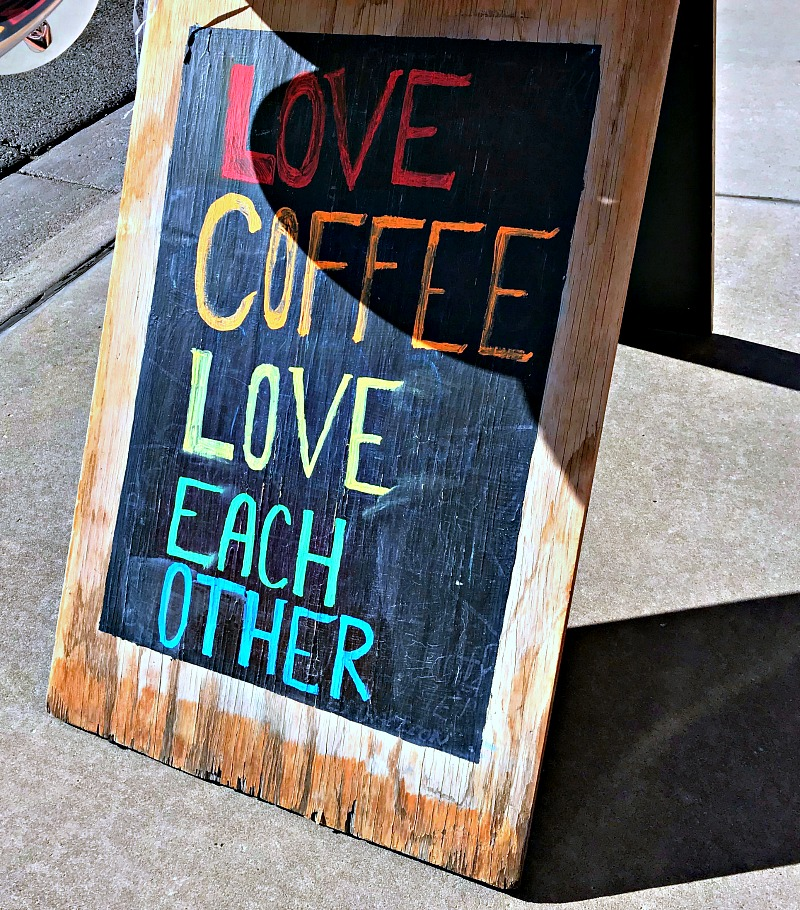 Love Cofee Love Each Other