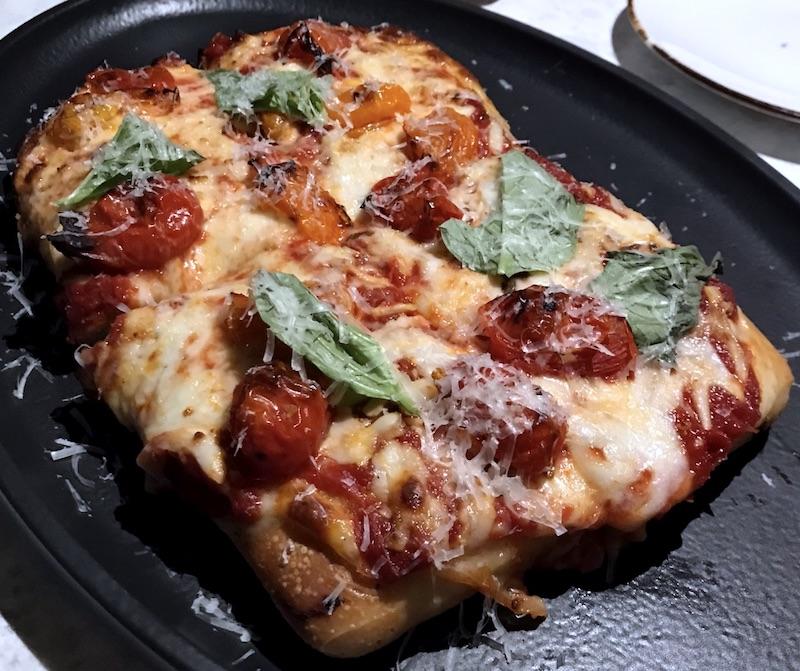 Bar Cicchetti focaccia pizza