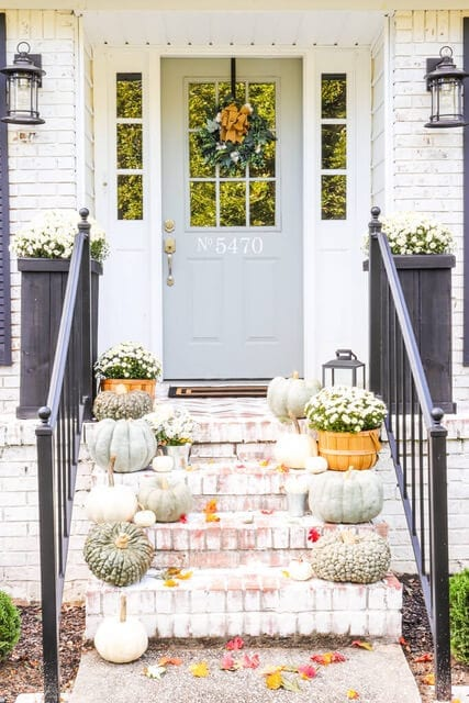Welcome Home Sunday: Decorating your porch with heirloom pumpkins and mums