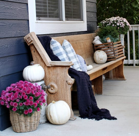 Welcome Home Sunday: A pink and purple Fall porch
