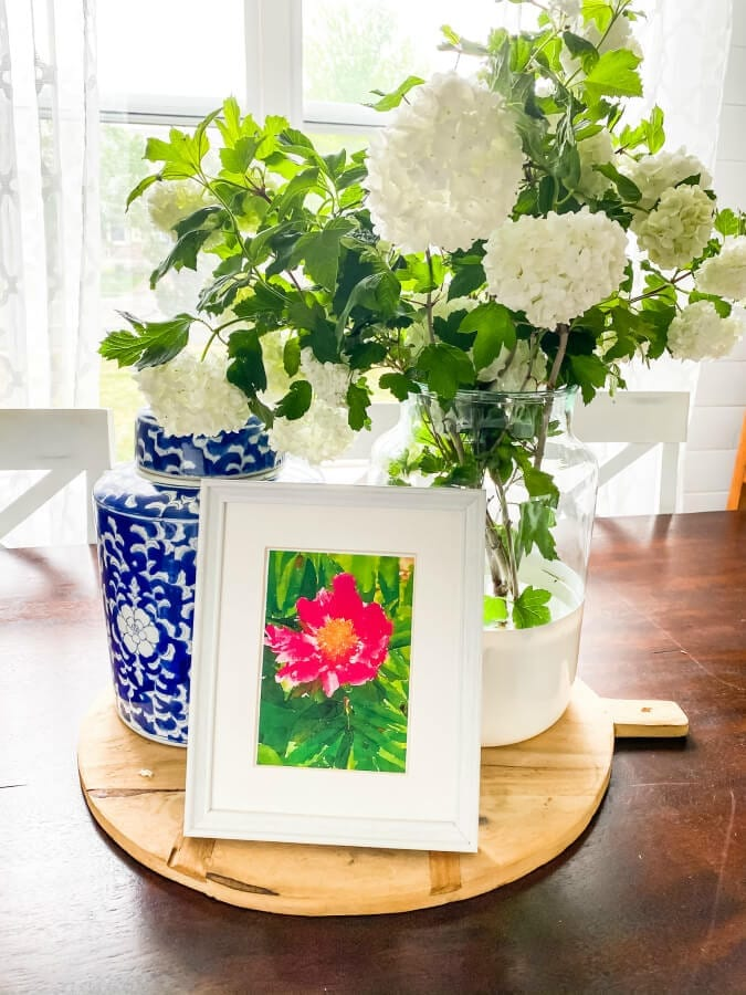 THis free peony watercolor art is perfect for creating a vibrant summer vignette!