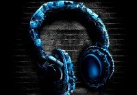 abstract-headphones_00447679