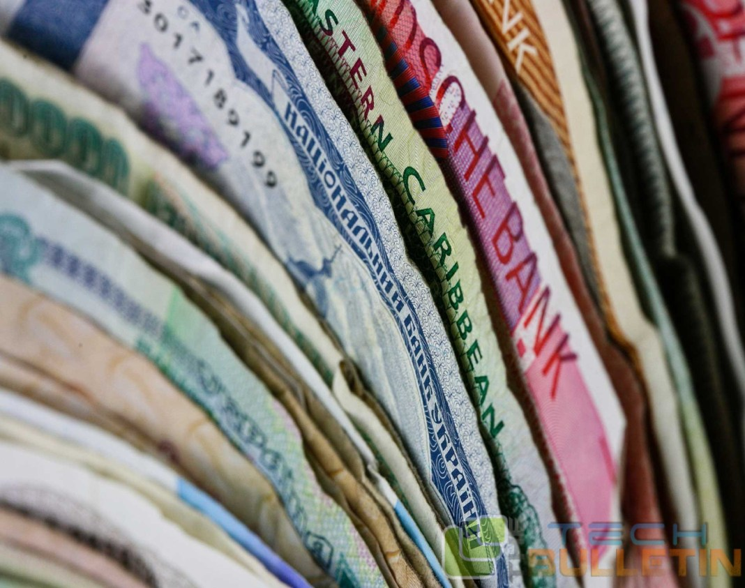 currency-notes-wallet