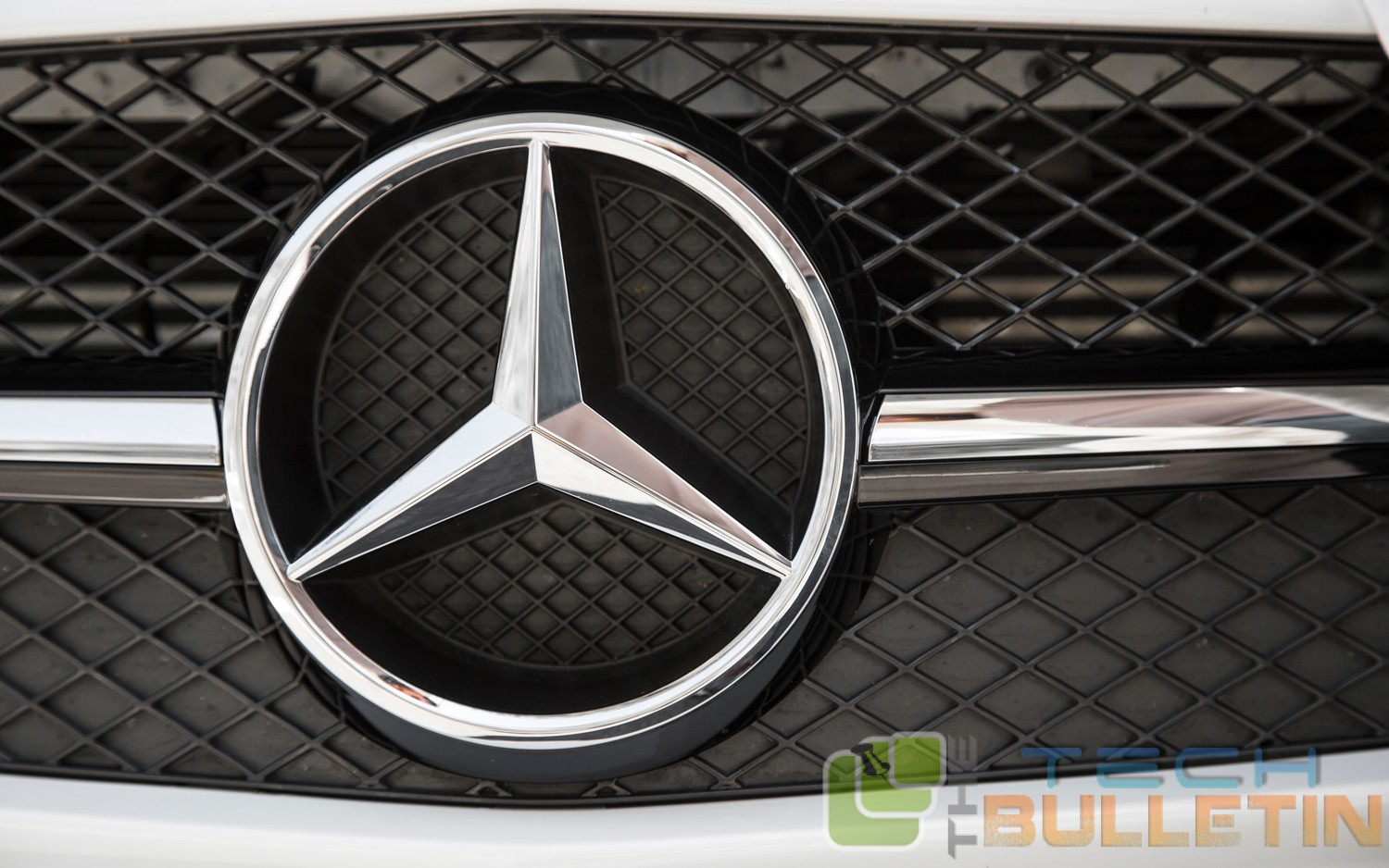 Mercedes benz and lg combine in a bid to make self driving for Mercedes benz make