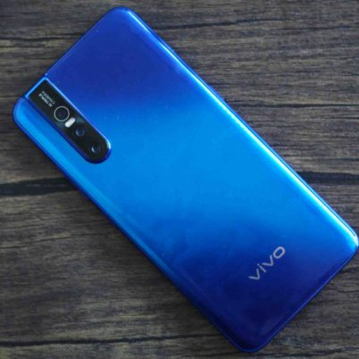 Vivo V15 Pro Review | Design