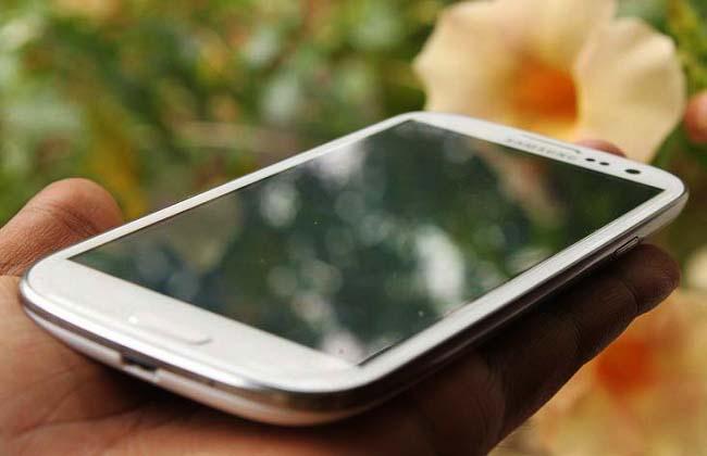 Samsung Galaxy S3 - inspirat de natură