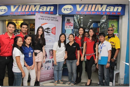 Rhian with Villman Staff in Park Square