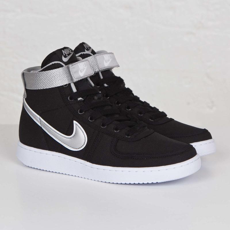 Nike High Rise Shoes