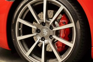re3e car tires